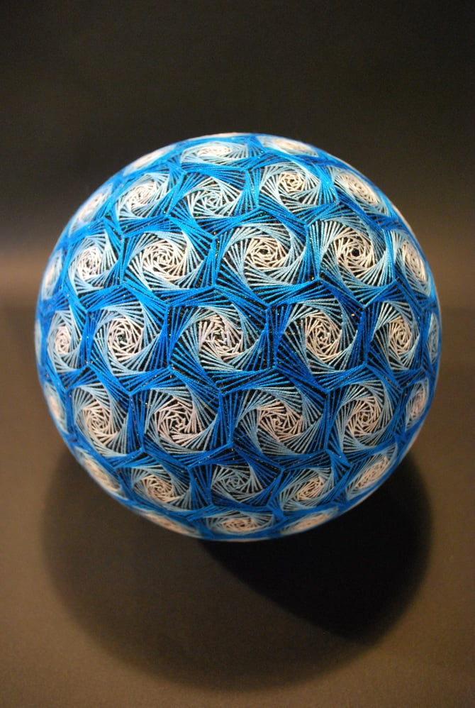 Hand Crafted Geometric Spheres (9)